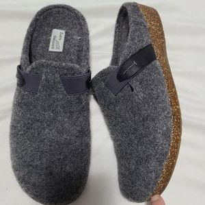 Earth Origins Jenna felt slip-on mule clogs sz 10